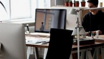 Guía completa para comprar una mesa ergonómica